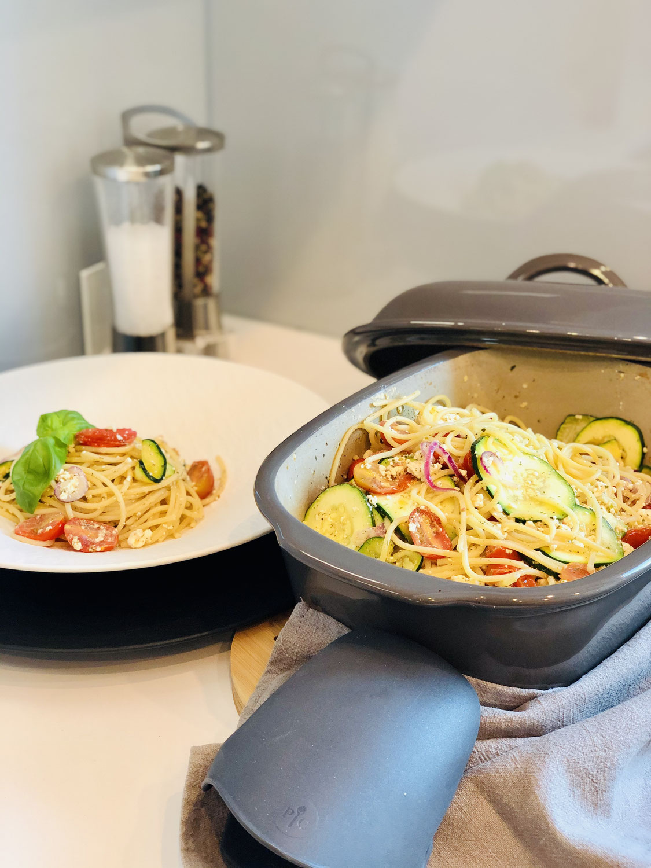 Baked Feta Pasta aus dem Ofenmeister von Pampered Chef®