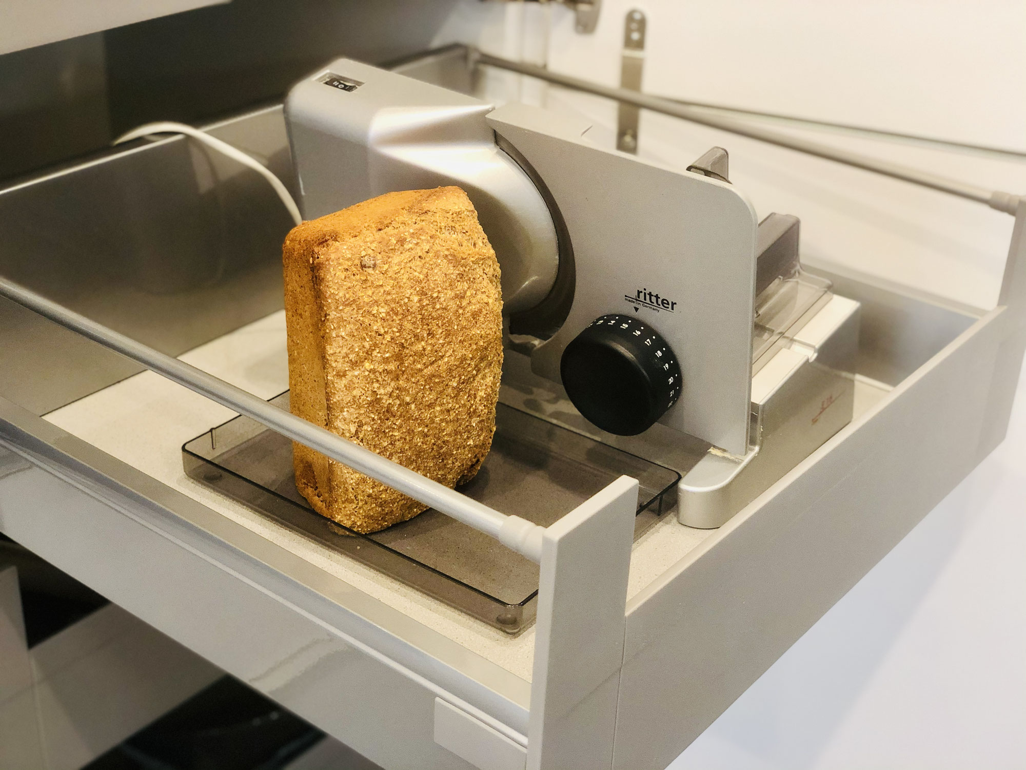Wie ich mein Brot aufbewahre um es lange knusprig, saftig  und frisch zu erhalten ♥