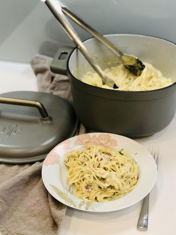 One Pot Spaghetti in Sahnecreme mit Gartenkresse aus dem 5,7 ltr. Guss Topf von Pampered Chef®