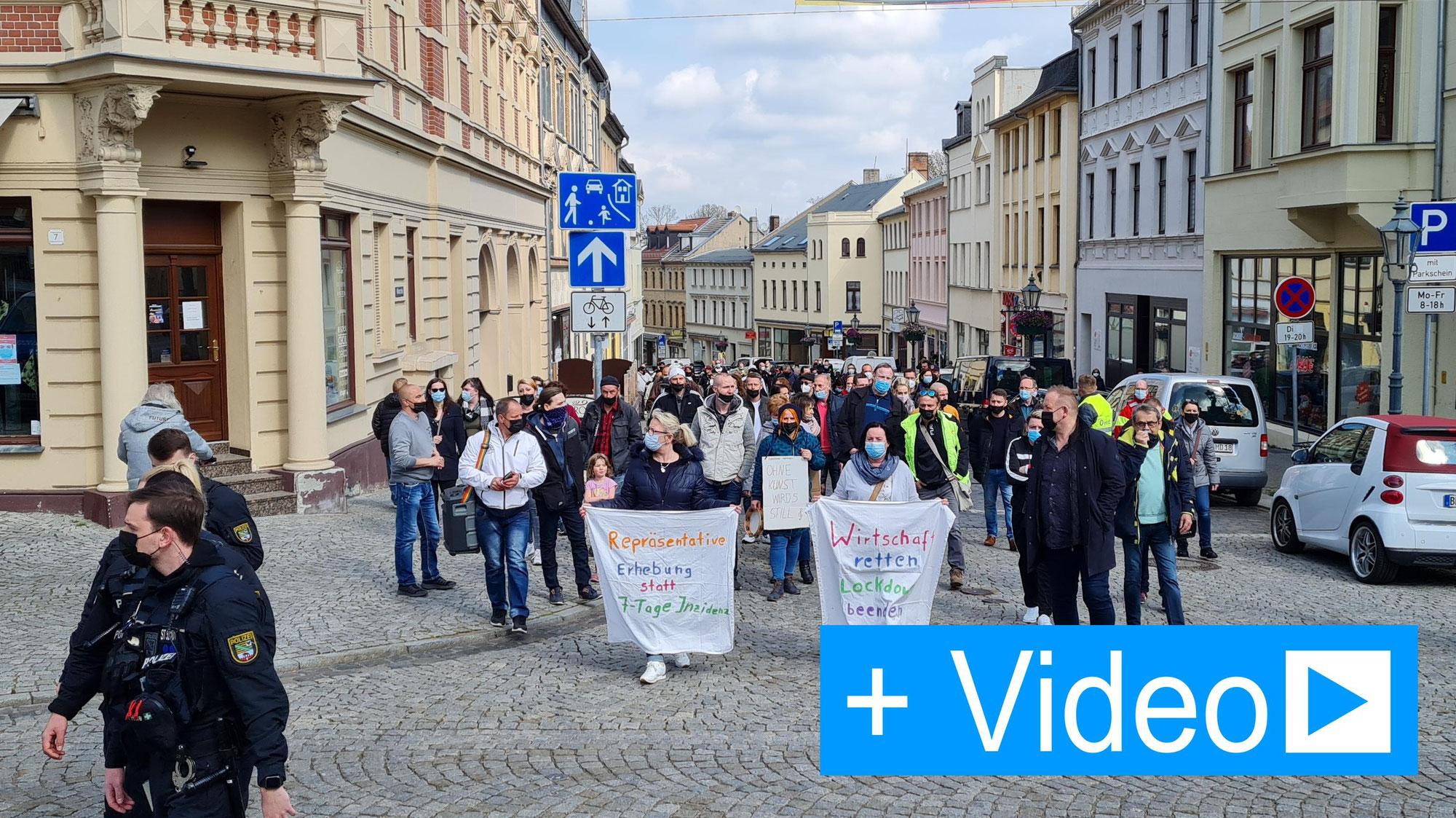 Protestmarsch zum Tag der Arbeit für ein zurück zur Normalität Bernburg