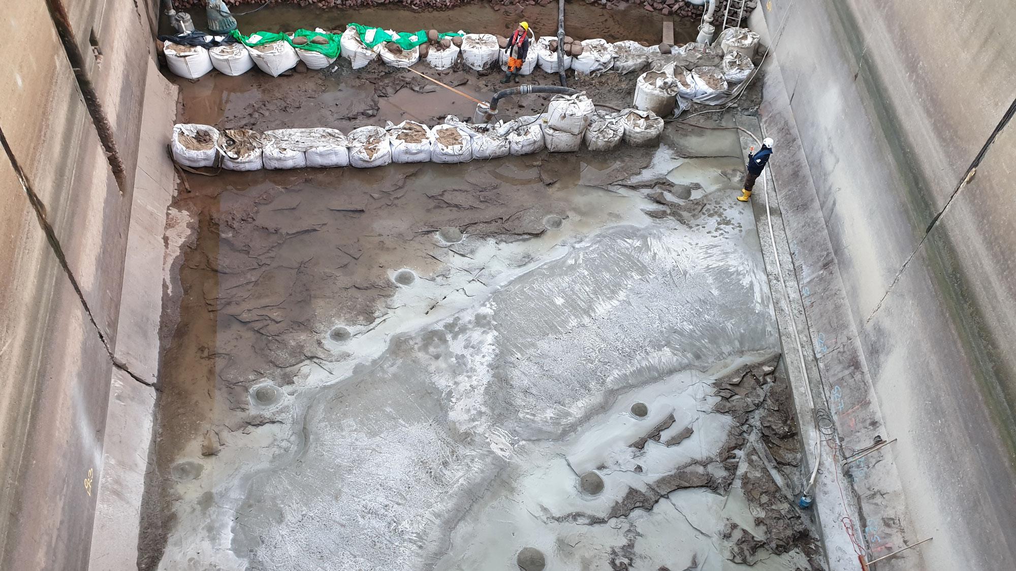 Schleuse Bernburg füllt sich wieder mit Wasser