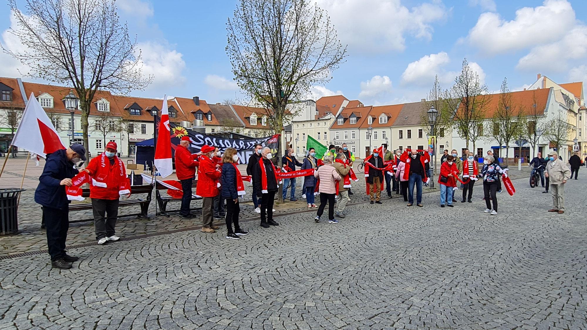 """1. Mai: """"Solidarität ist Zukunft"""" - Gewerkschaften in Bernburg feiern den Tag der Arbeit"""