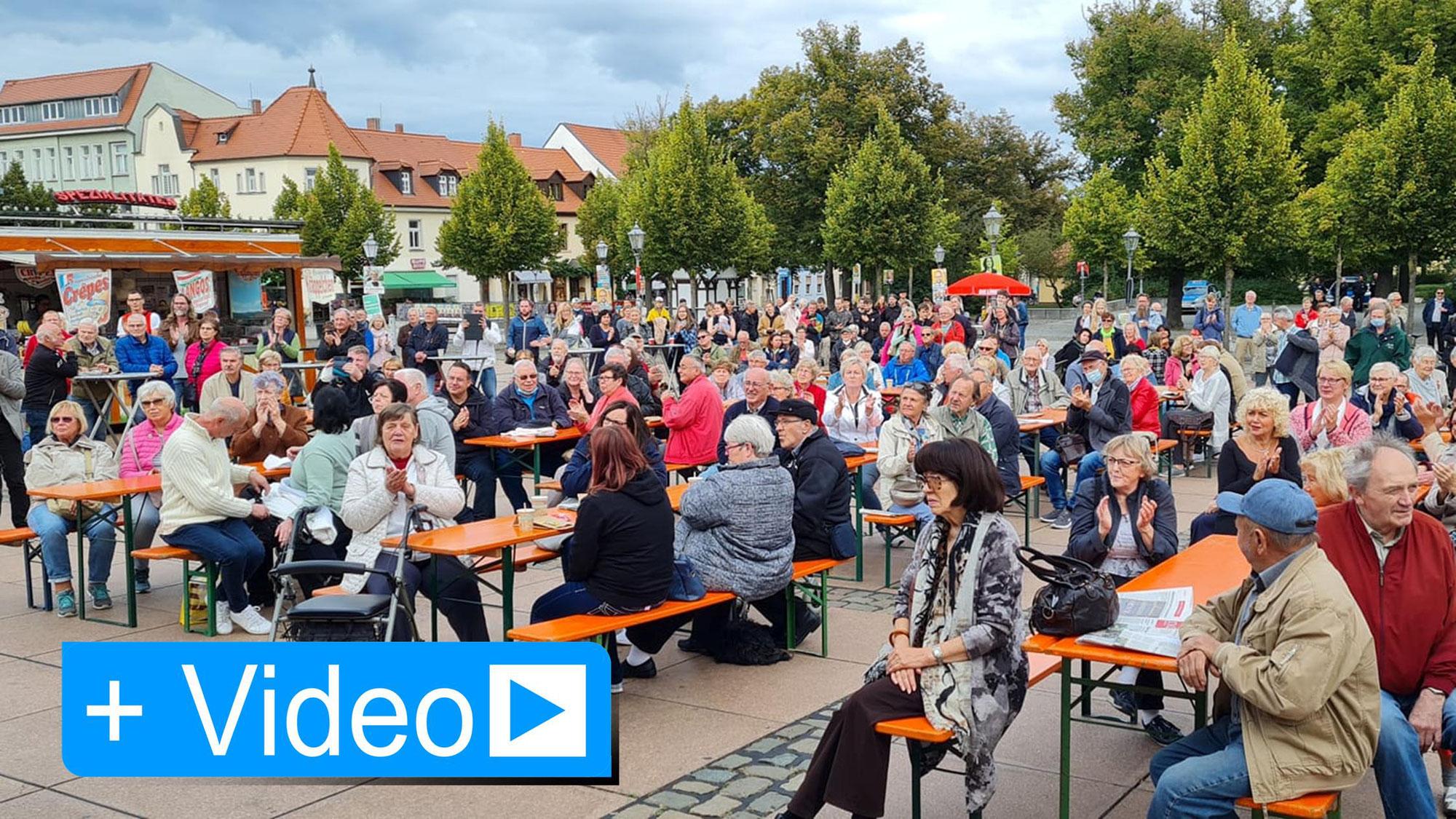 Gregor Gysi wirbt für Korte und Ristow in Bernburg