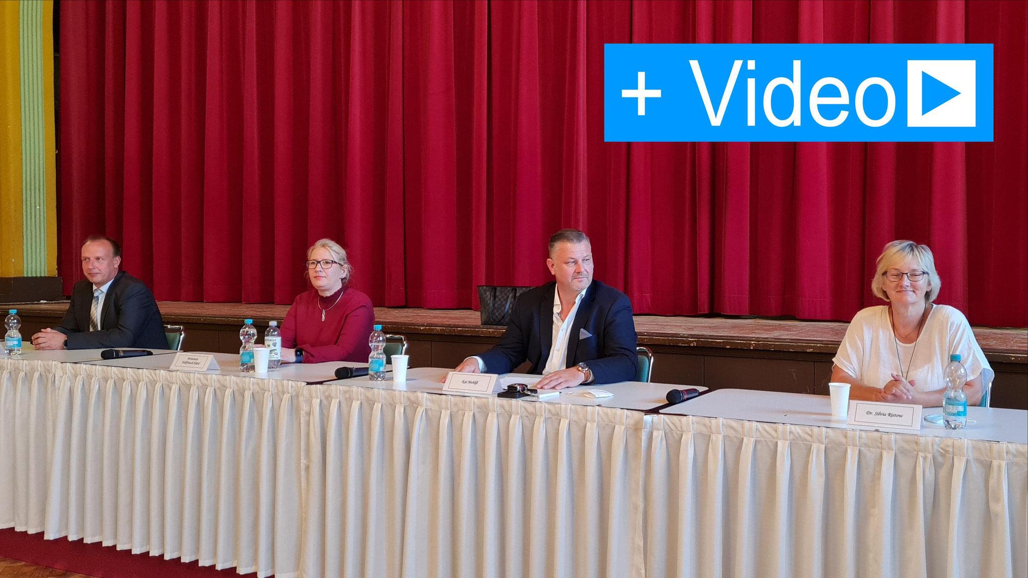 Oberbürgermeisterkandidaten für Bernburg stellen sich Bürgerfragen
