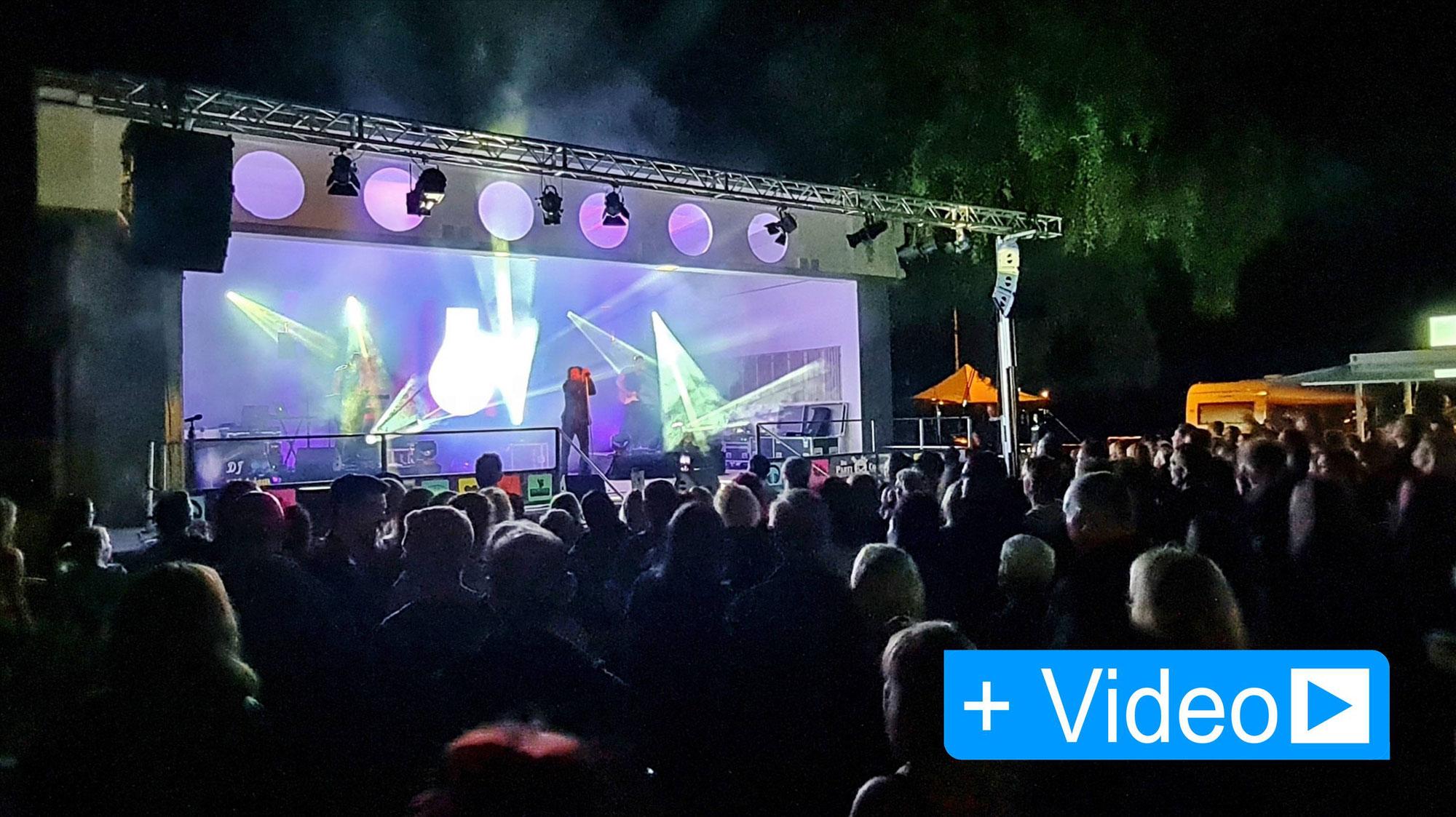 Tausend Fans feiern Depeche Mode Party im Strandbad Gerlebogk