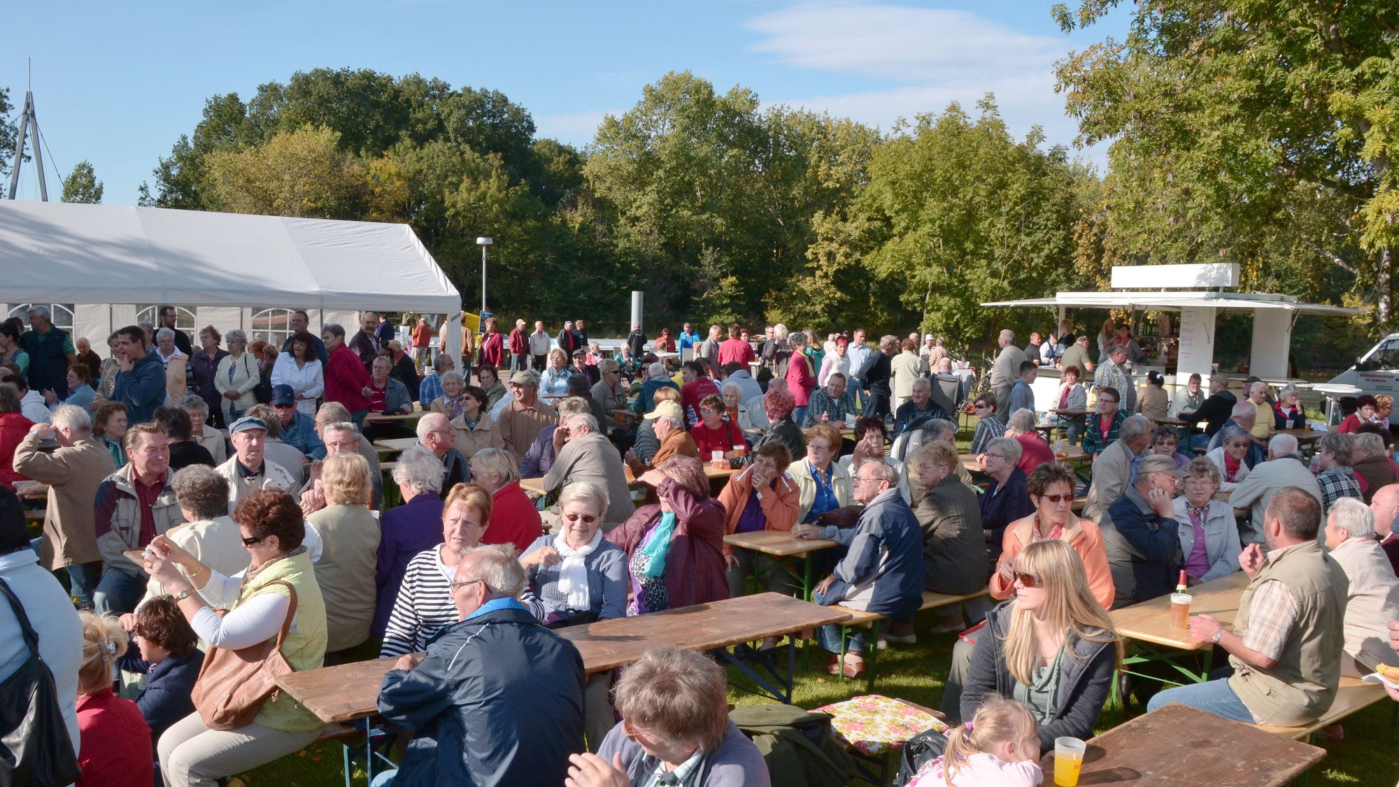 Brückenfest in Gröna am 3. Oktober