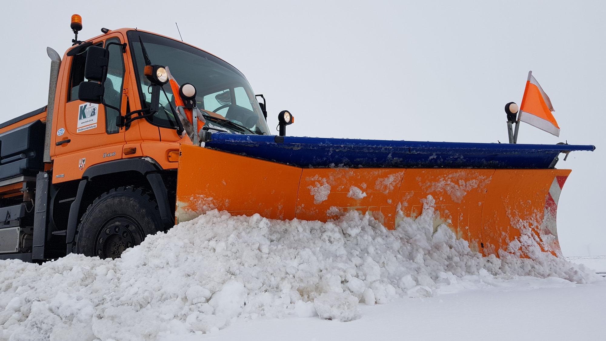 Der Winterdienst des Kreiswirtschaftsbetriebes Salzlandkreis im Einsatz