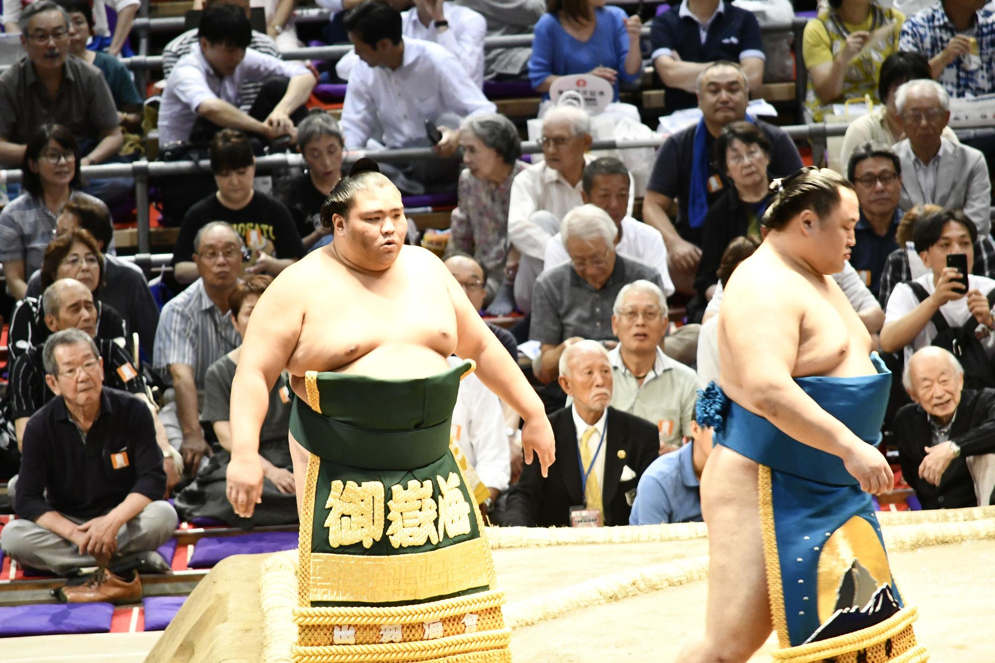 大相撲秋場所御嶽海関の活躍に期待しています