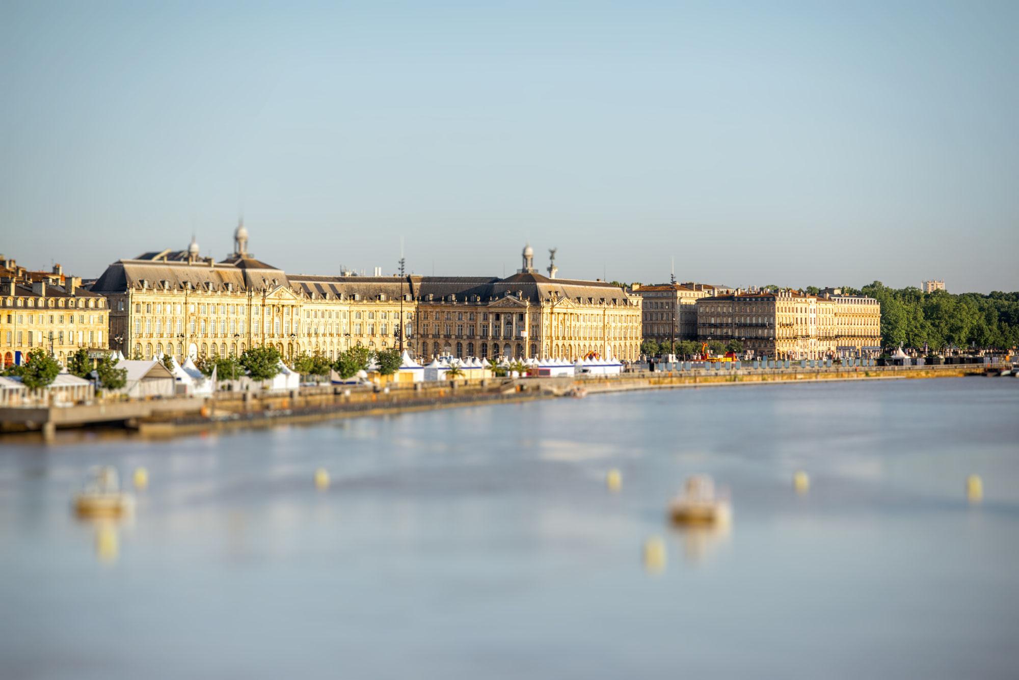 Les miroirs d'eau sur la Garonne à Bordeaux