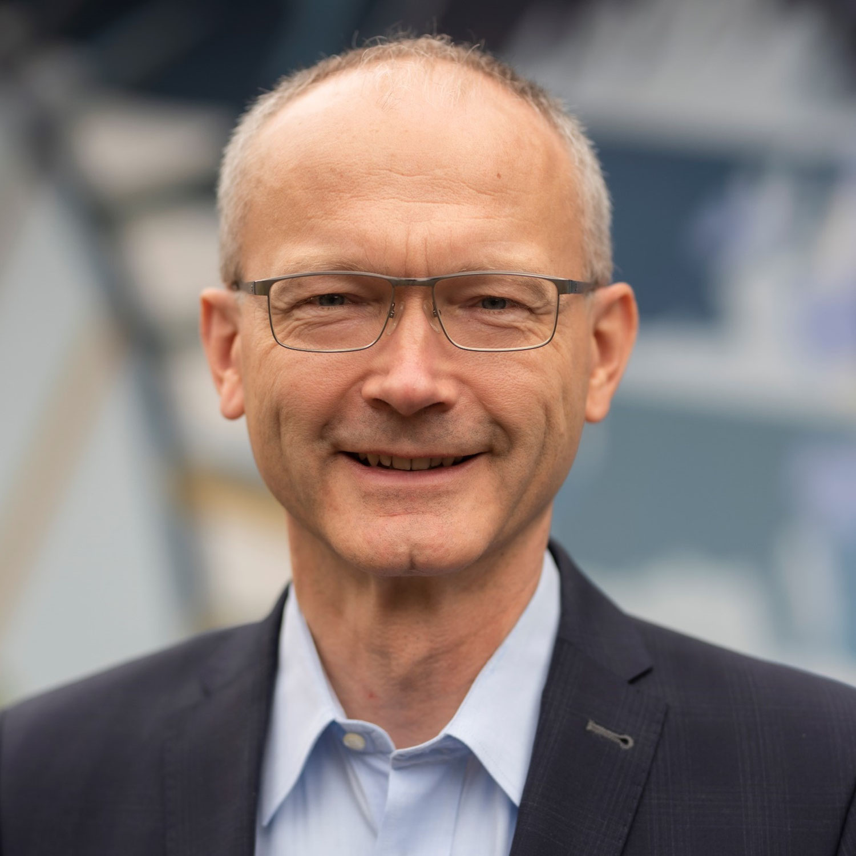 """Dr. Helmut Martin: """"Region soll von erweitertem Verantwortungsbereich profitieren und Impulsgeber fürs Land werden."""""""
