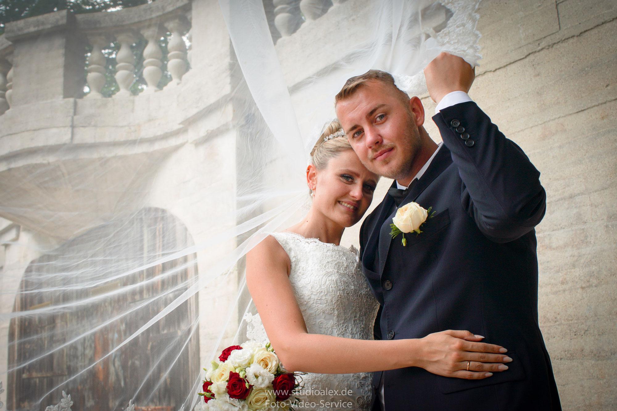 Hochzeit in Nürnberg von Regina und Eduard. Mit Hochzeitsfotograf und Videograf Alexander Dechant
