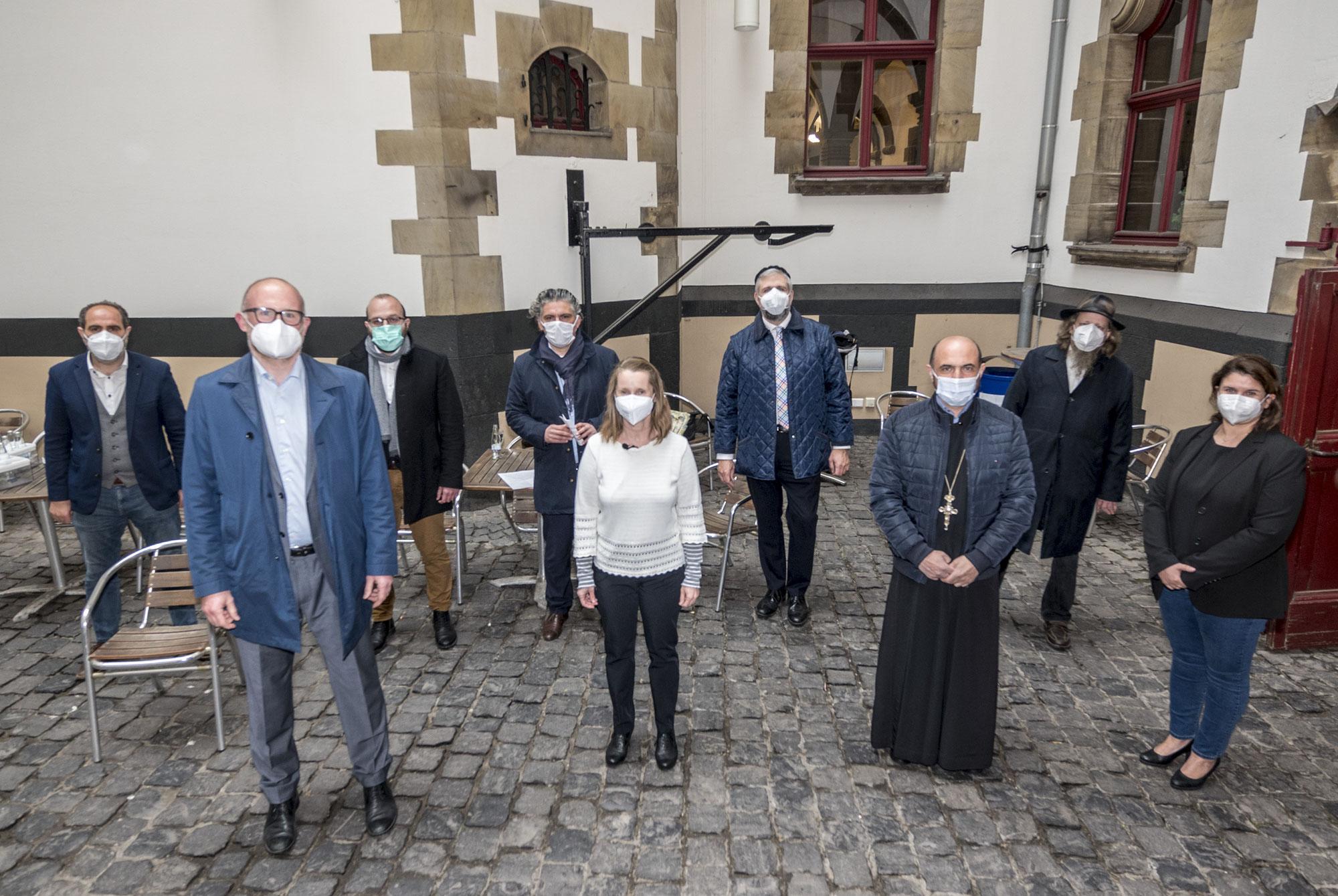 Duisburger Religionsgemeinschaften gedenken gemeinsam der Corona-Opfer in ihrer Stadt