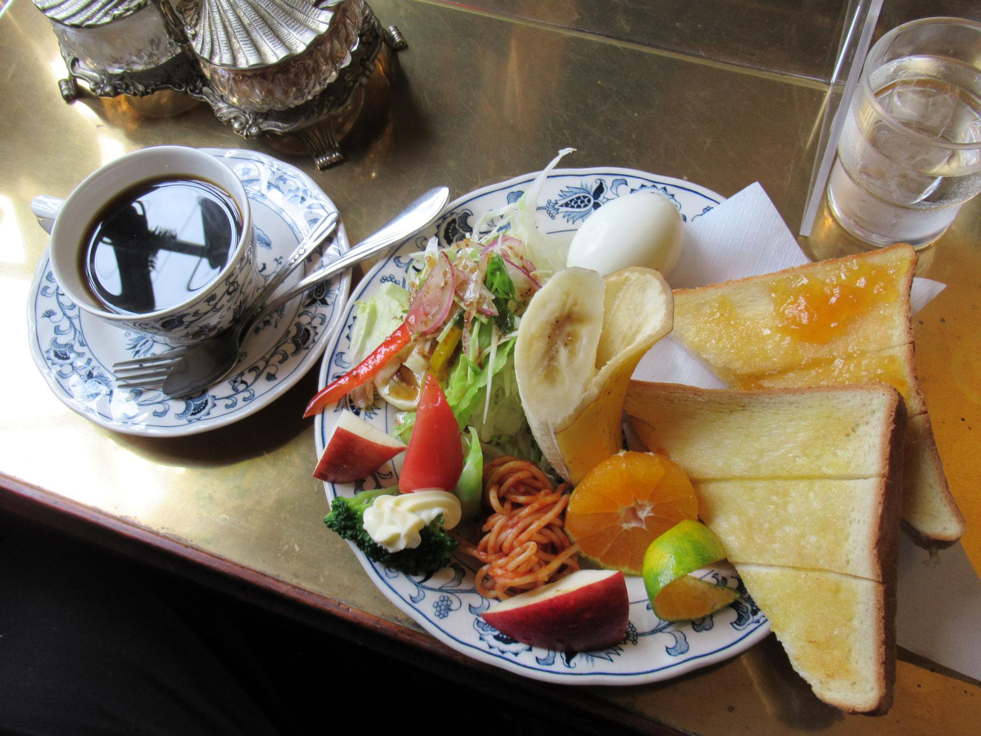 珈琲専門店-喫茶-巴里