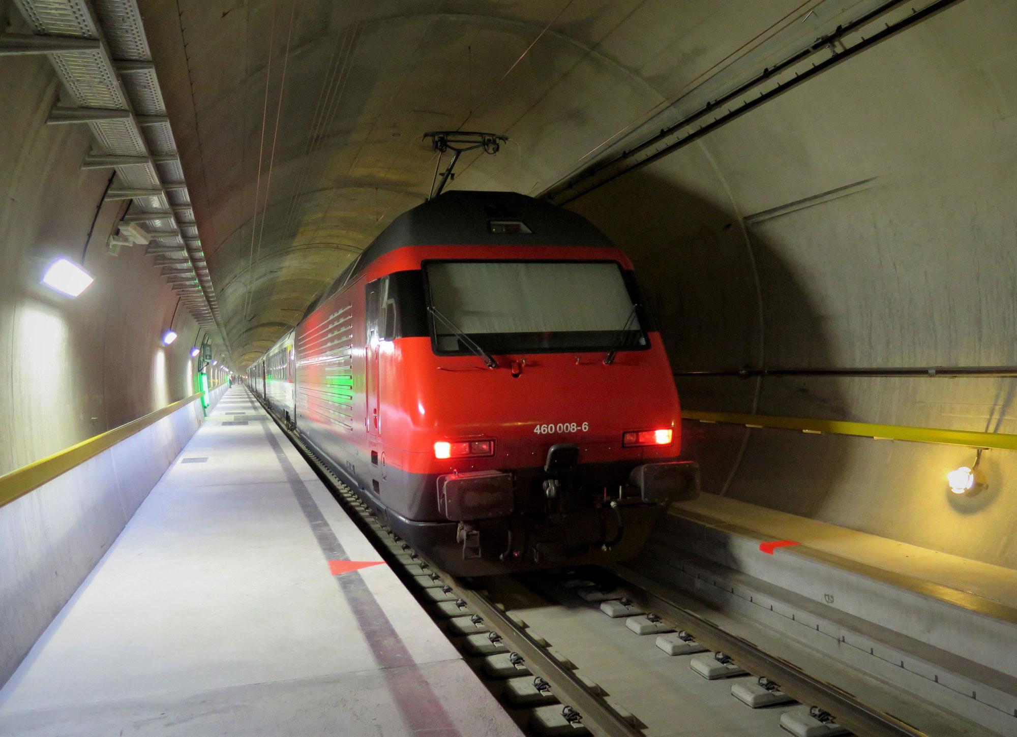 28 Prozent mehr Bahnreisende am Gotthard nach Eröffnung des Basistunnels (GBT) 2016
