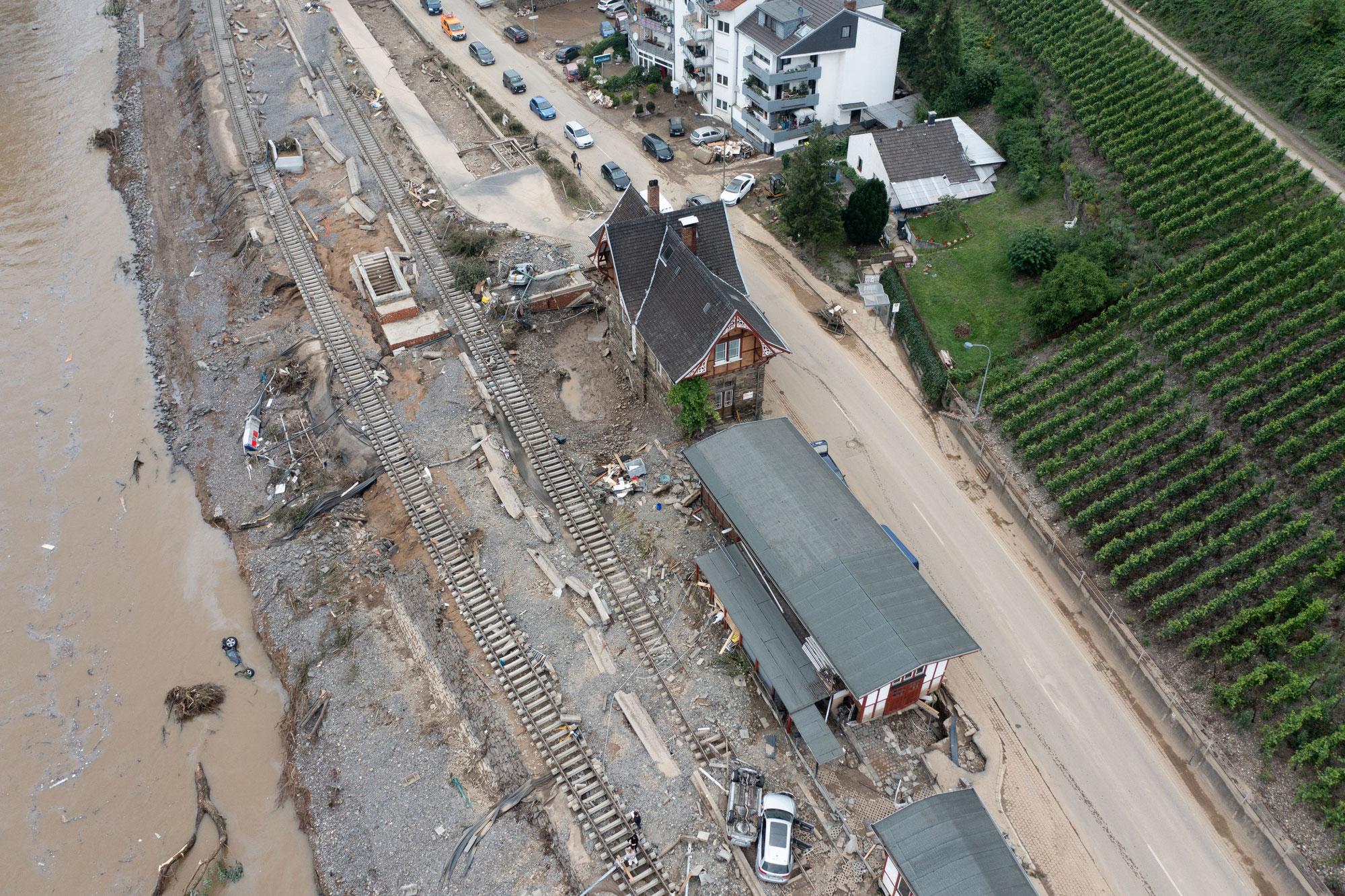 Zerstörungen in historischem Ausmass: DB zieht nach Flutkatastrophe eine erste Zwischenbilanz