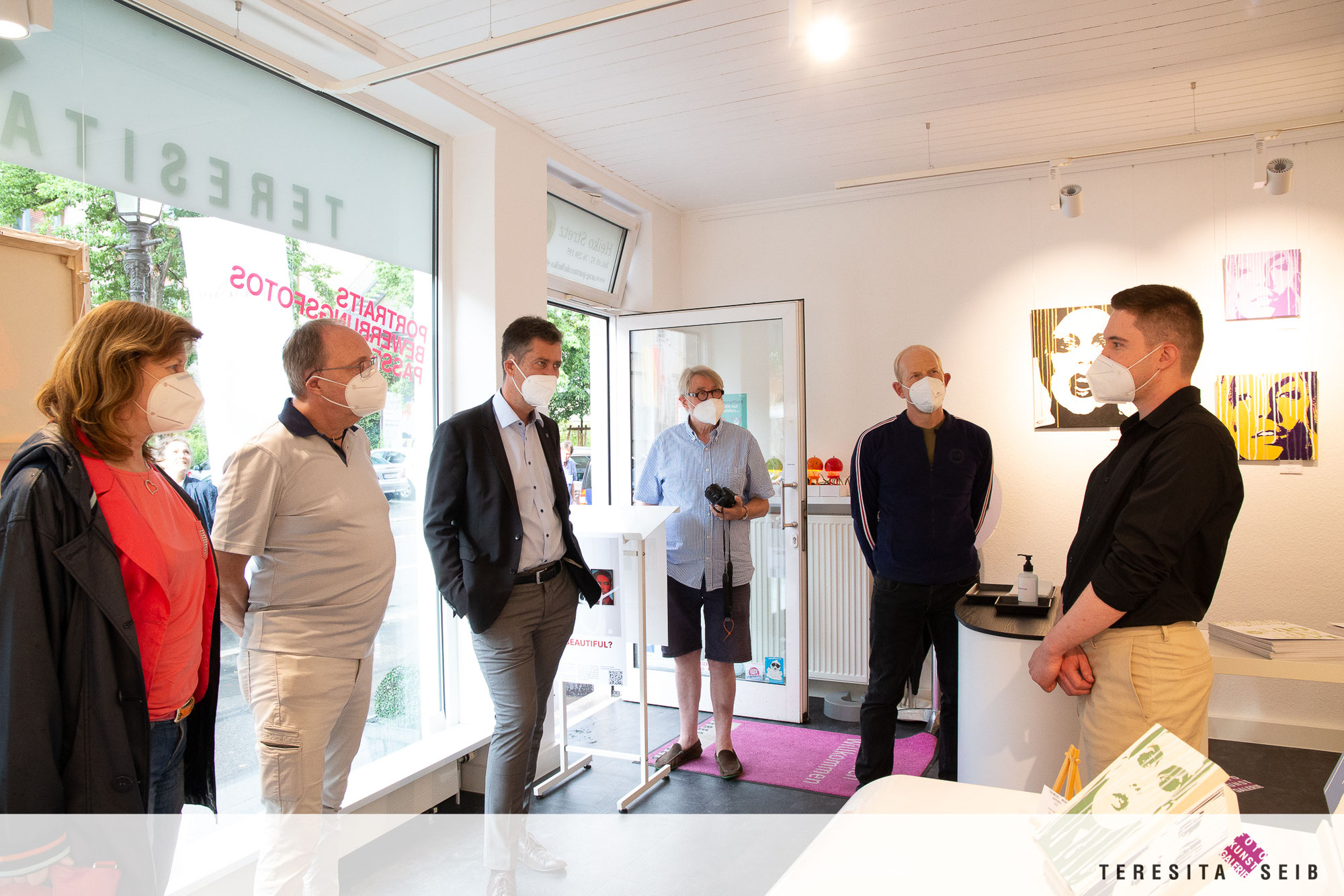 Vernissage: WHAT'S BEAUTIFUL?