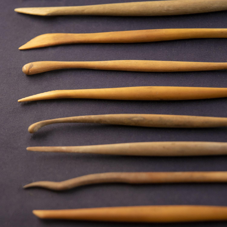 小ケース展示「彫塑の道具」