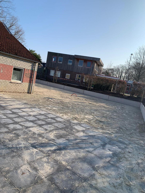 Terrein Dorpshuis/ Sporthal