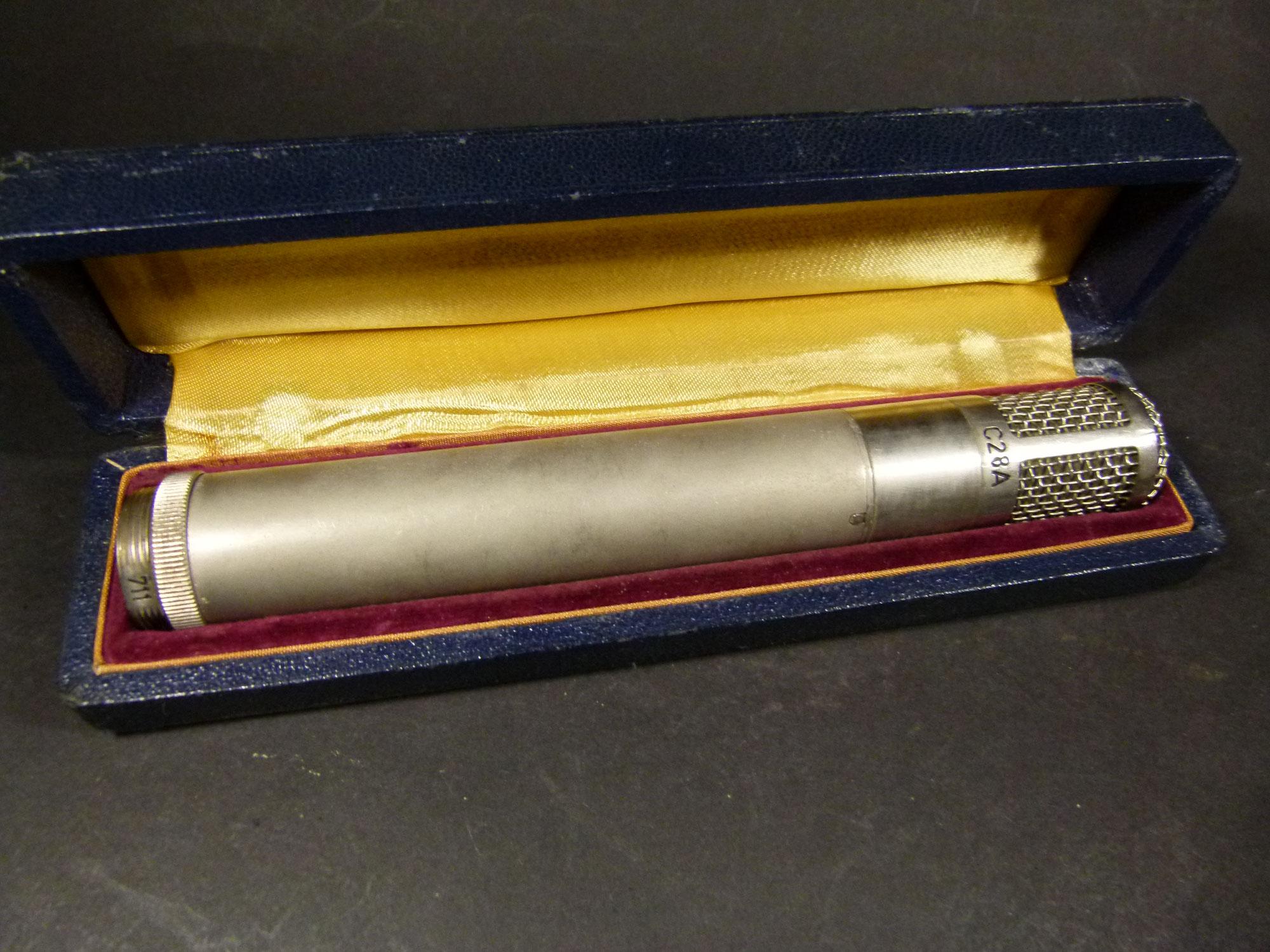 AKG C28A Vintage Microphone . C 28 A in original Schachtel -extrem seltene Rarität