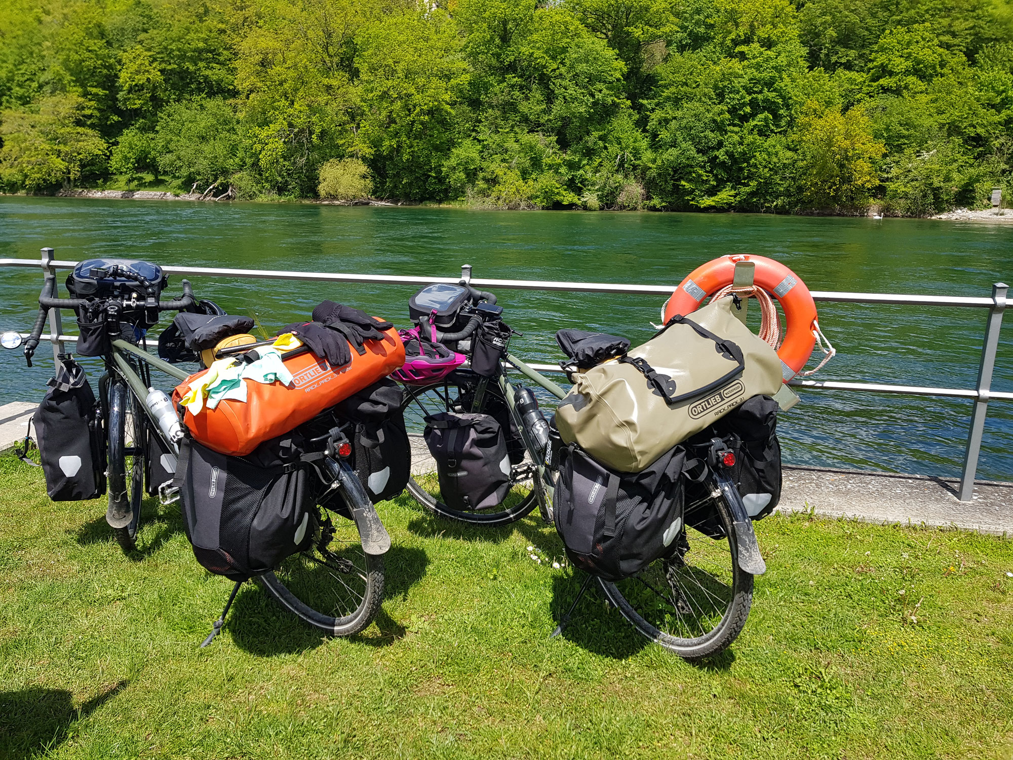 Biketrekking entlang dem Rhein