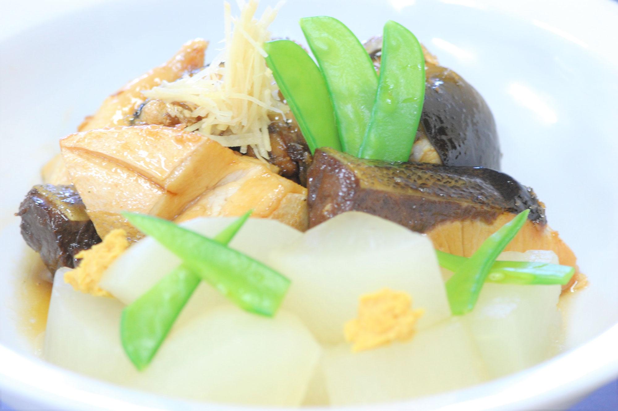 日本料理(ぶり大根)