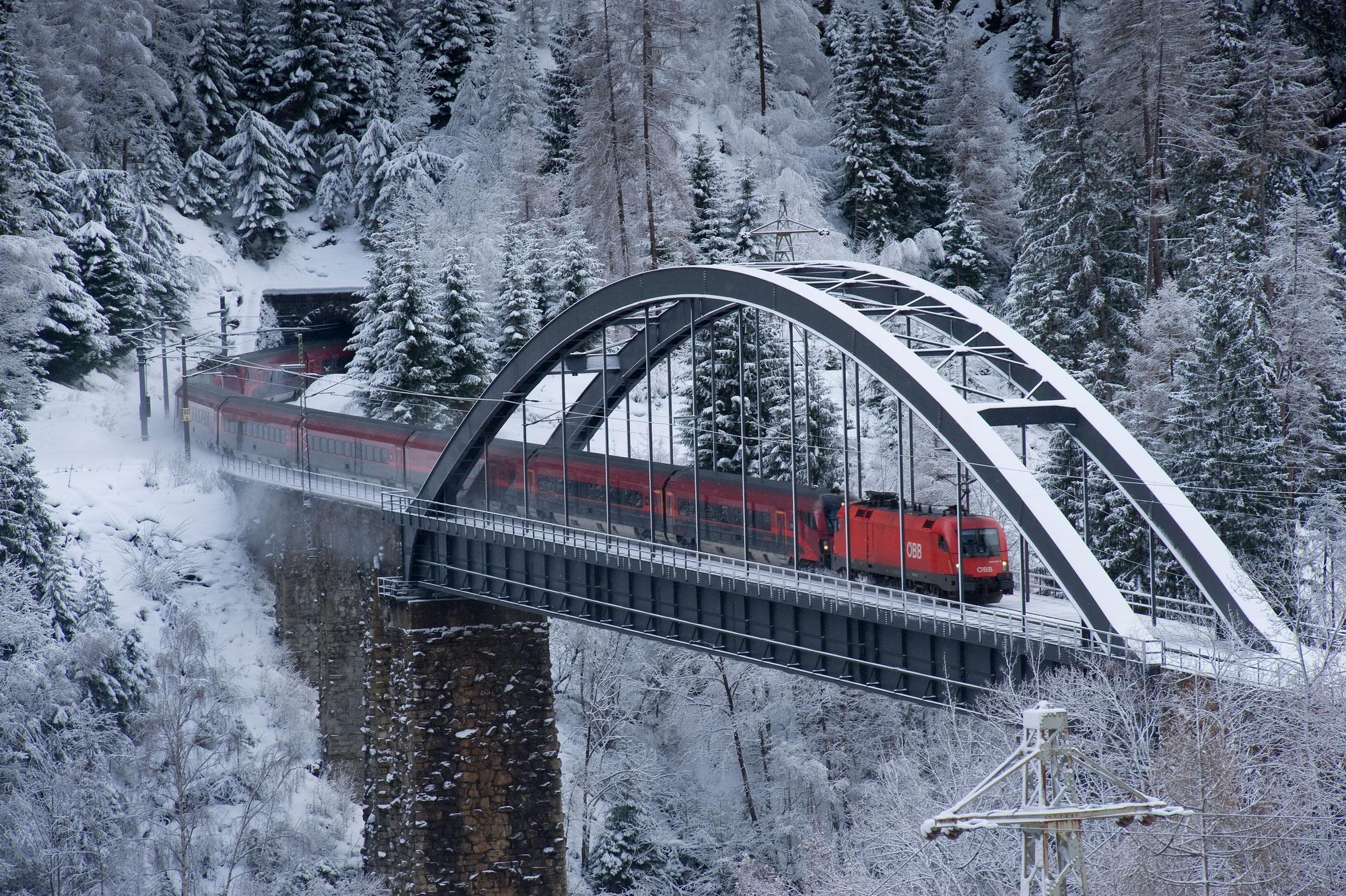 Aufbau eines Arlbergbahn-Archivs