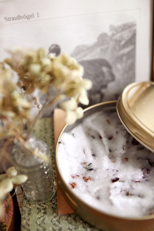 4 ingredient lavender exfoliating body scrub
