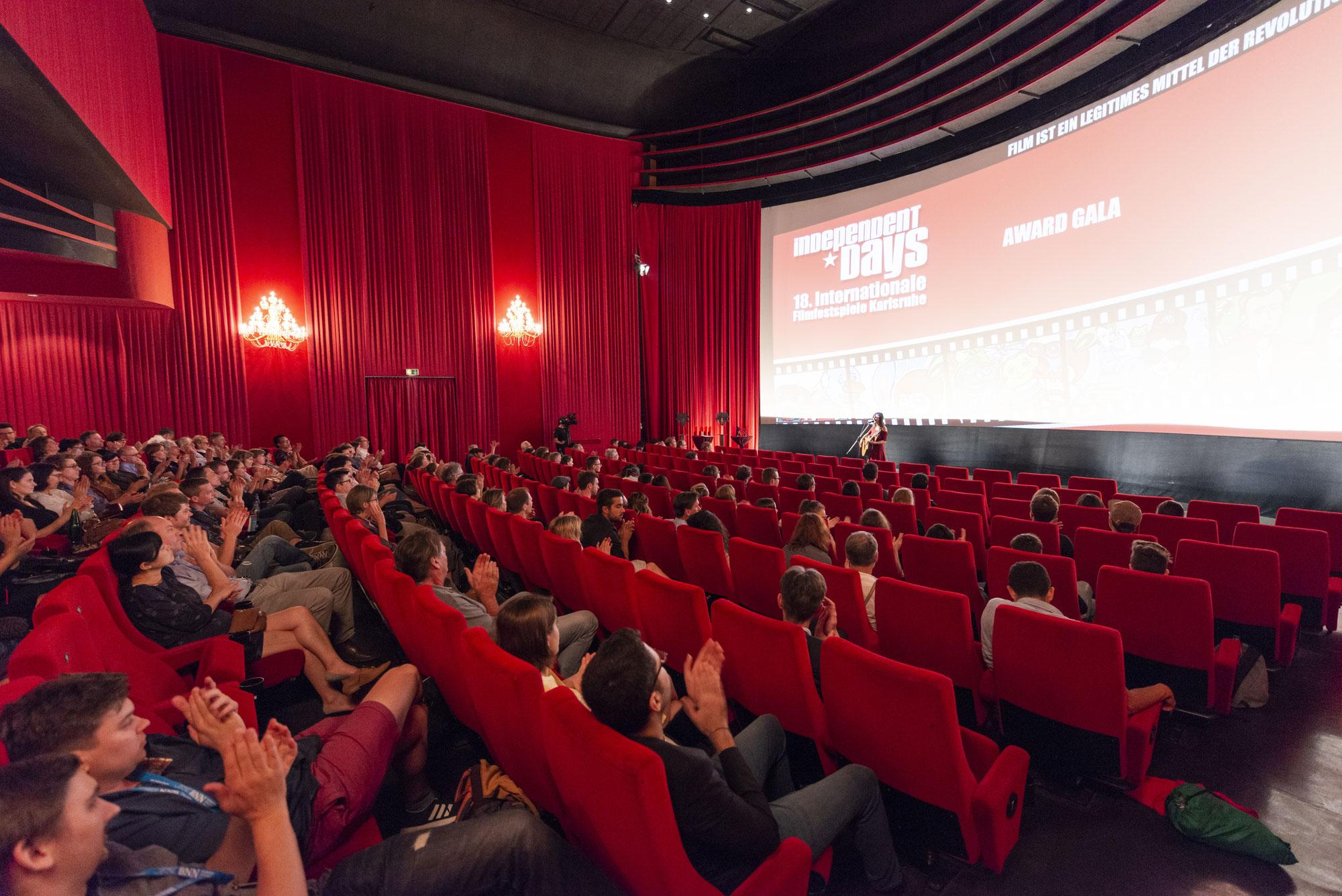 FFA fordert: Bundeseinheitliche Wiedereröffnung der Kinos