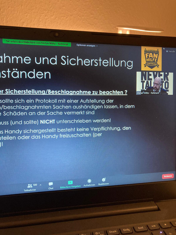 """Nachbericht Vortragsreihe """"Fußballfans und Polizei"""""""