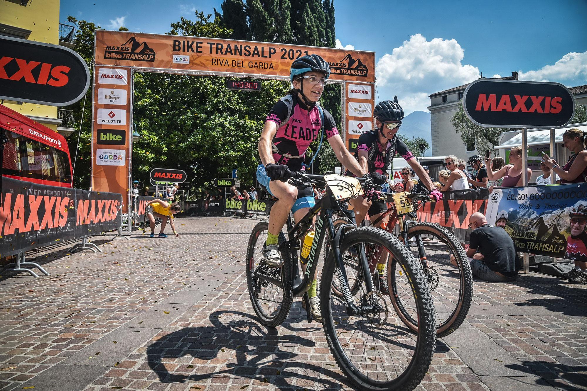 Sieg von Danièle Troesch und Lorenza Menapace bei der Bike Transalp