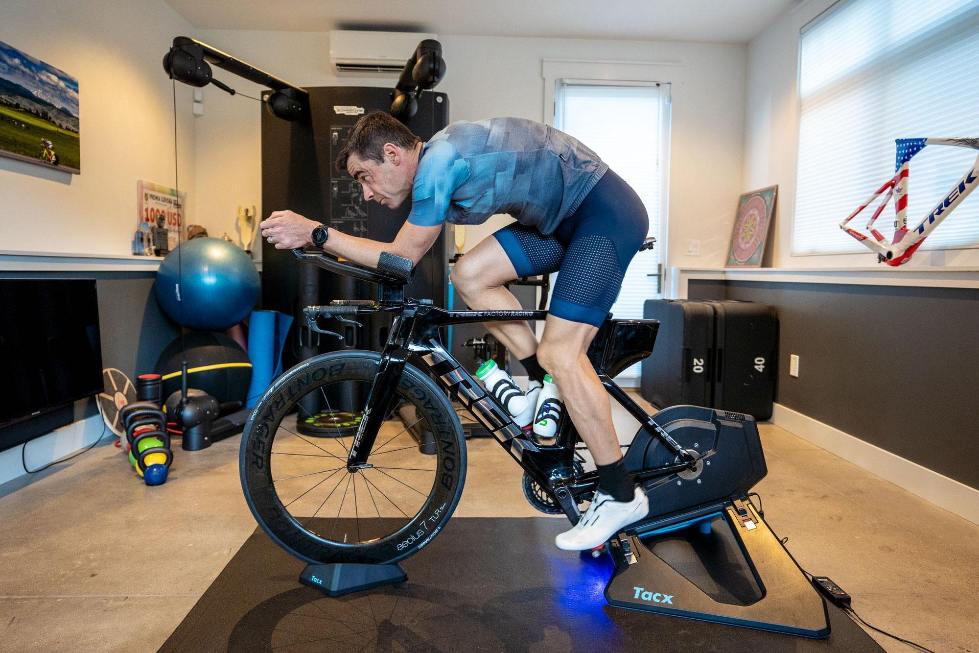 Indoor Cycling mit Santini und Polartec