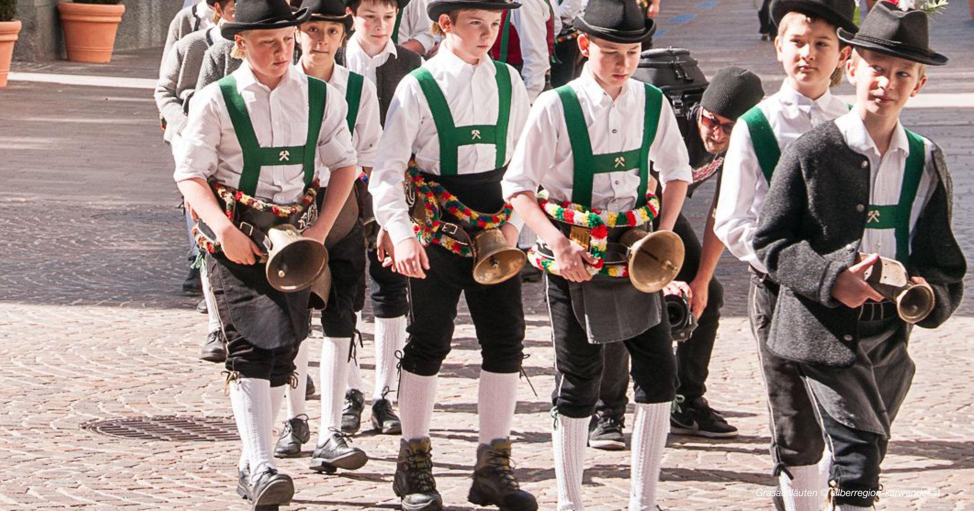 Brauchtum in Tirol - Grasausläuten Karwendel 2022