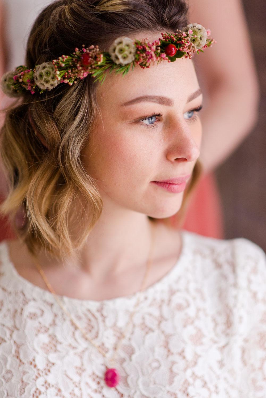Idées de coiffures mariée spécial cheveux courts