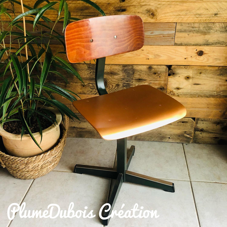 Upcycling chaise bureau enfant vintage