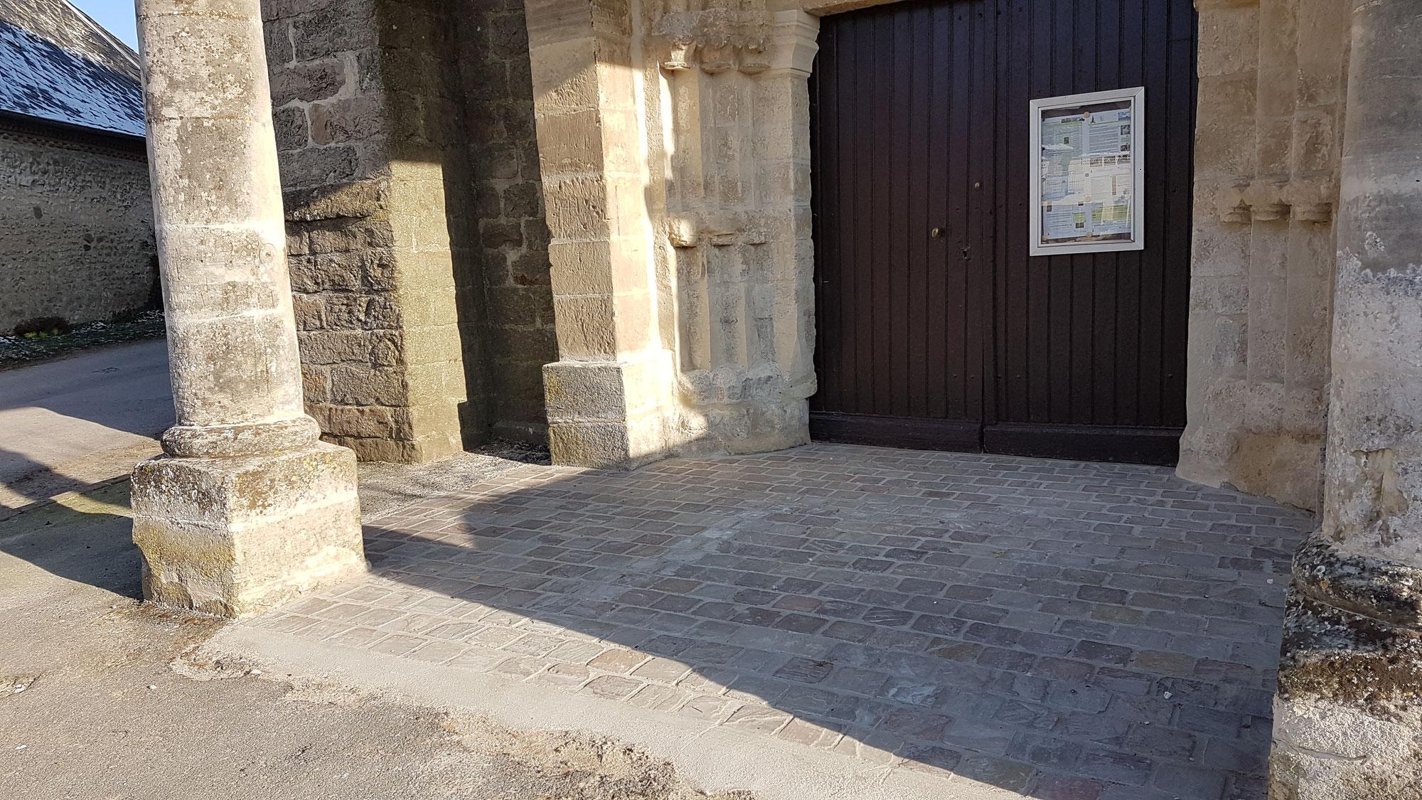 Rénovation du porche de l'église de Grandlup-et-Fay