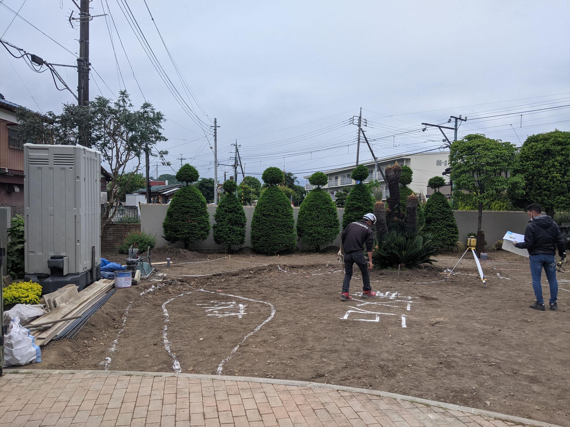 お庭の工事-1