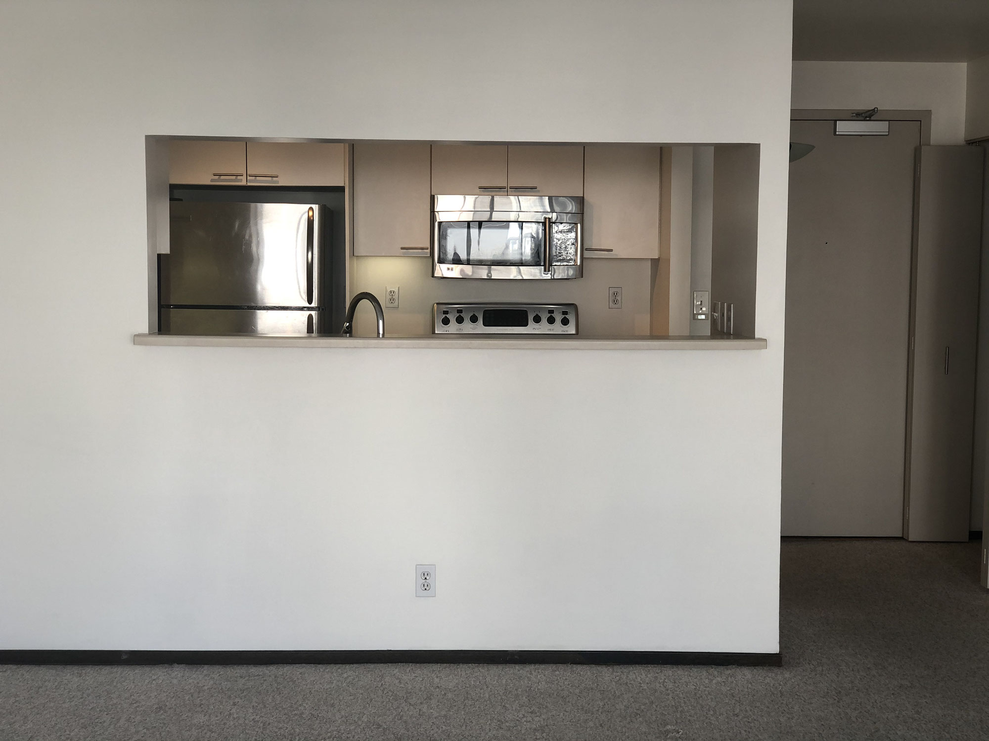 300 3rd St  Leased