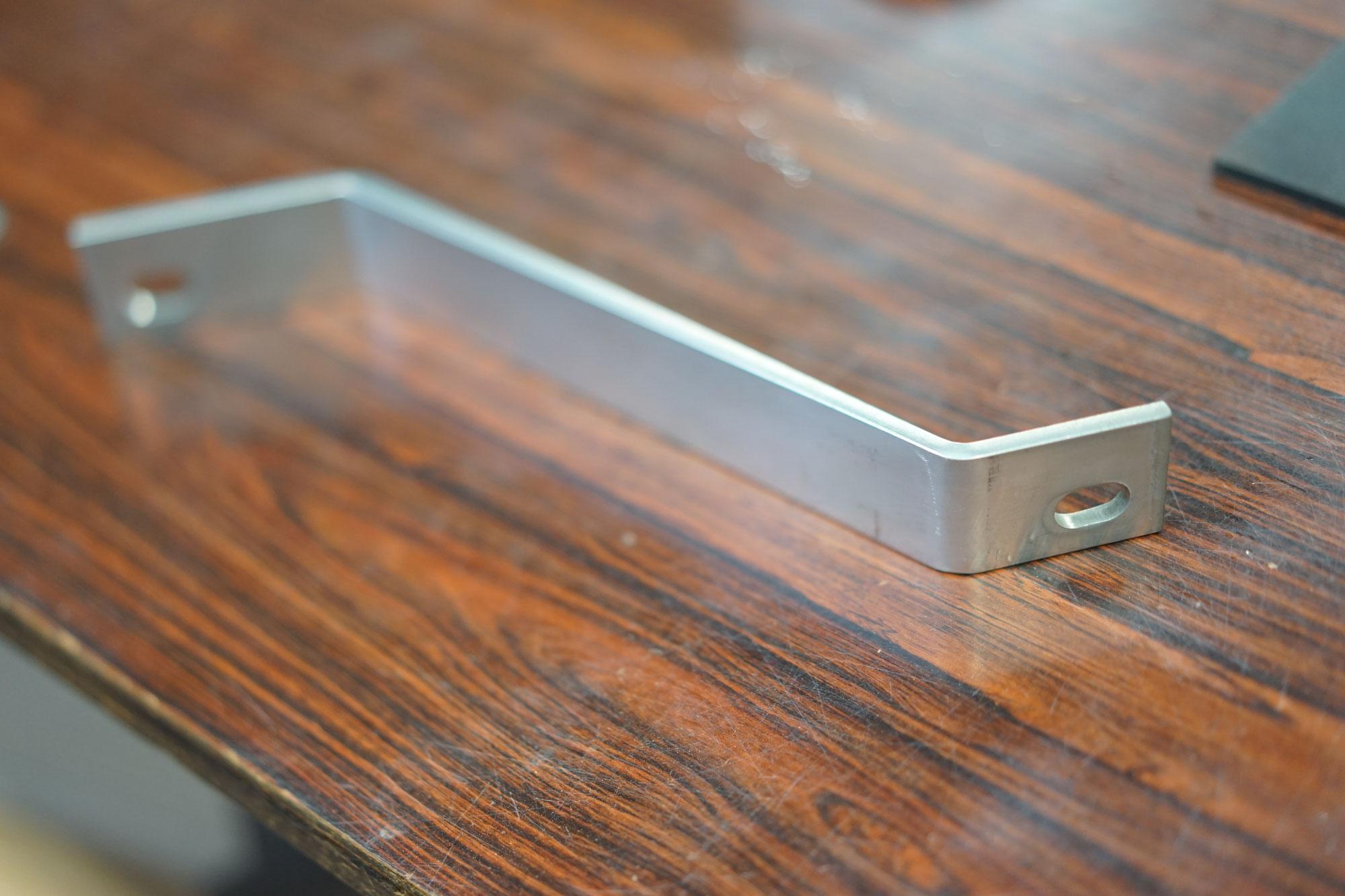 タレットパンチプレス板金金属アルミ