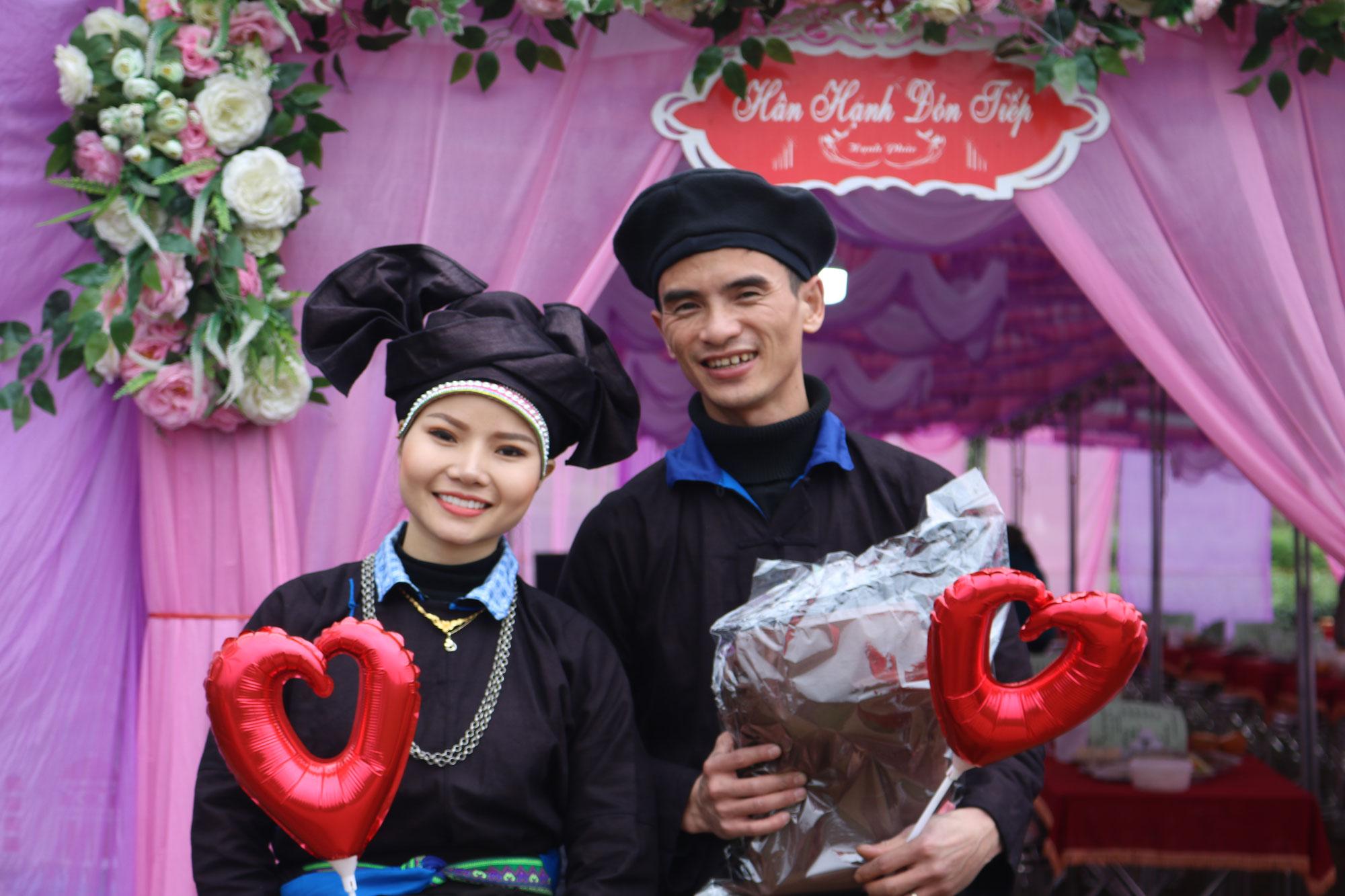 ハザン省での結婚式に、なんと日本から4人も出席