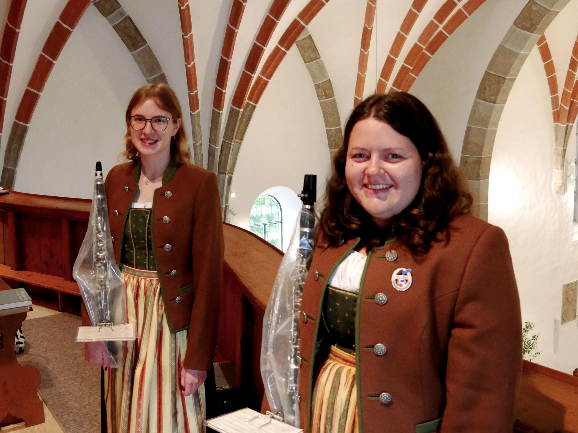 Fronleichnamsfeier von Musikkapelle begleitet