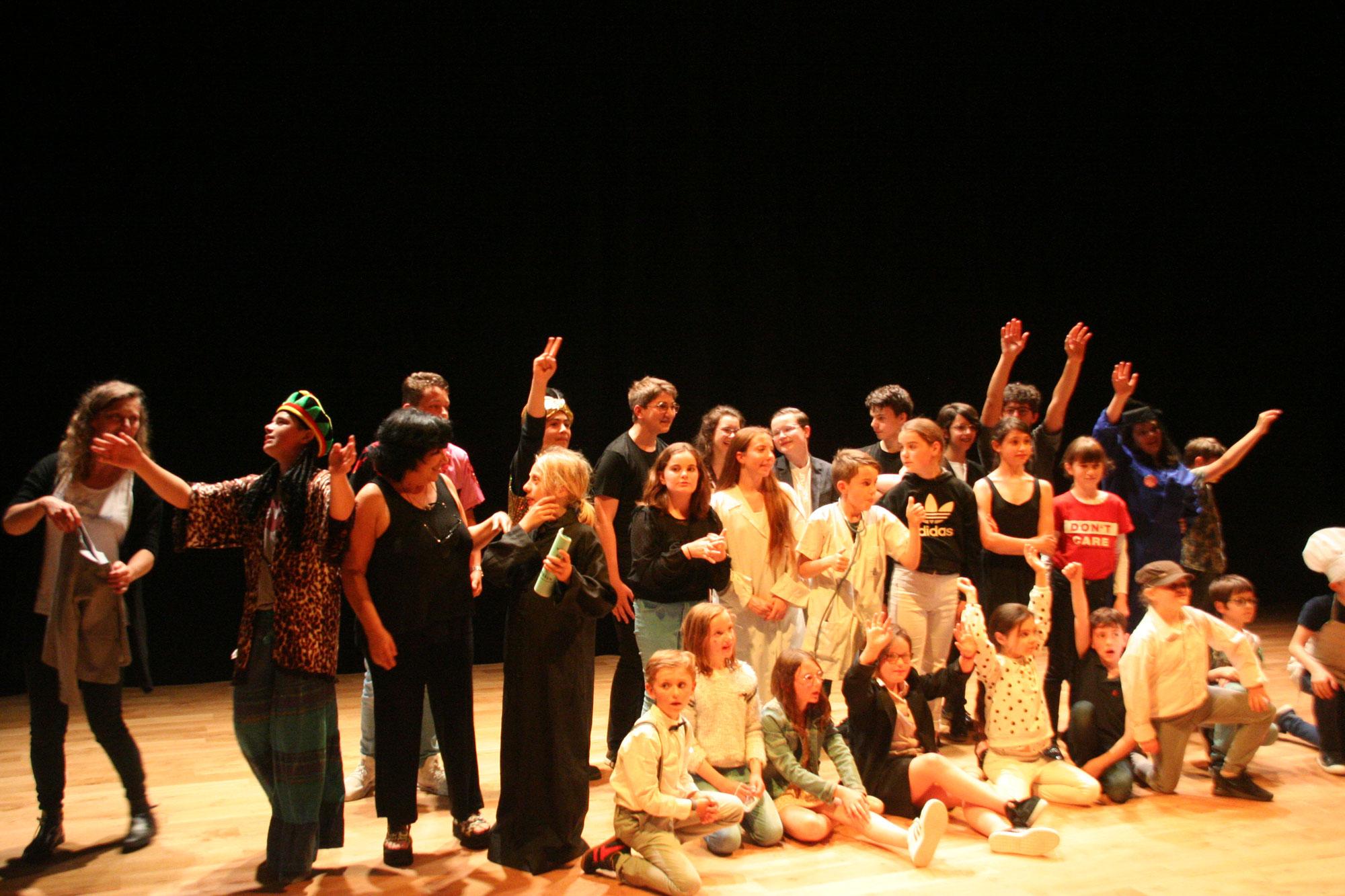 Retour sur le spectacle de théâtre du 11 juin : un énorme succès !