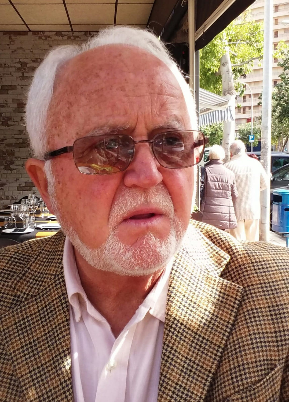 Juan Piquer y Librado Pastor se citan en los años 80 (1 de 4)