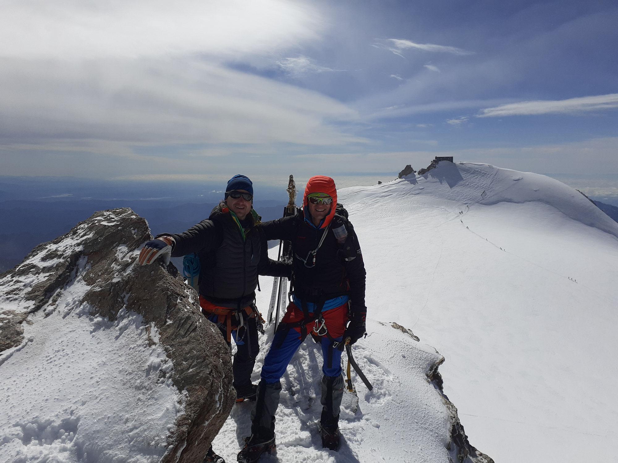 Hochtouren von der Gnifetti Hütte - Walliser Alpen