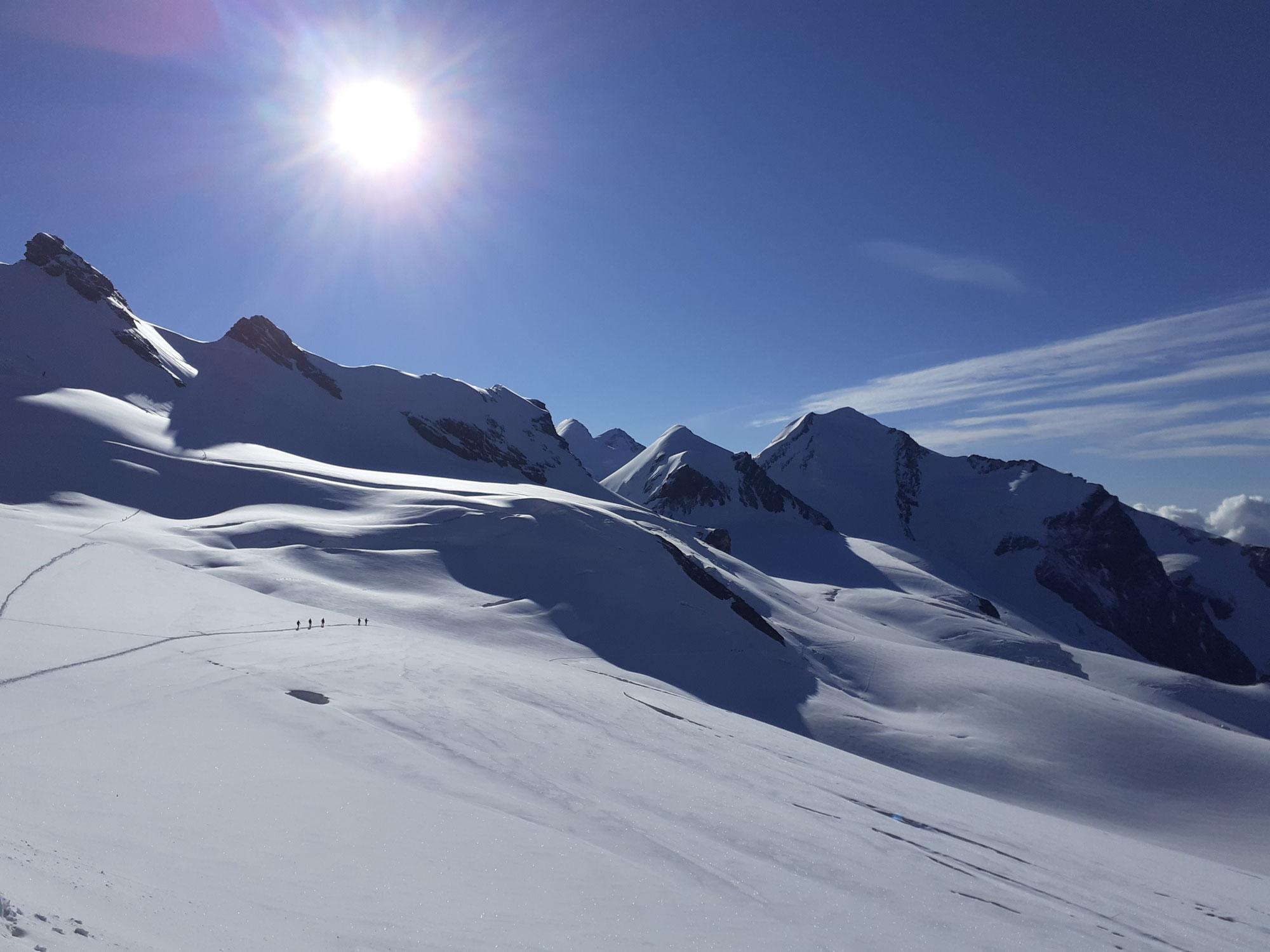 Roccia Nero 4075m – Östlicher Breithorn Zwilling 4106m