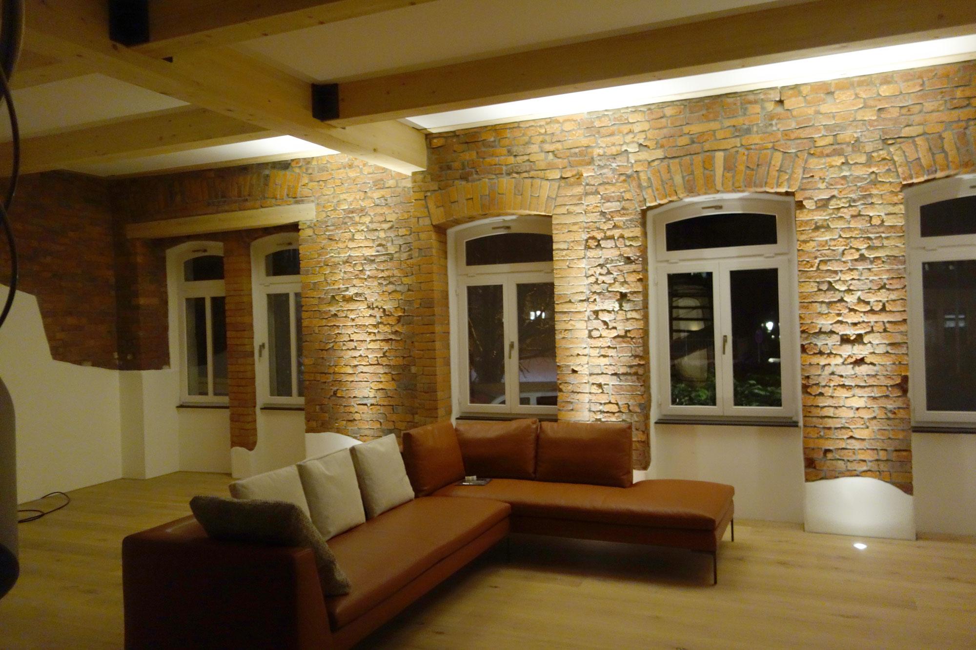 agil holz und bautenschutz 1511336017s webseite. Black Bedroom Furniture Sets. Home Design Ideas