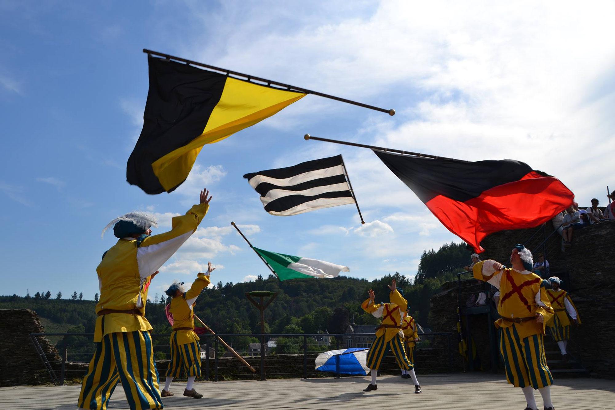 """Résultat de recherche d'images pour """"championnat du monde de lancer de drapeaux photos"""""""