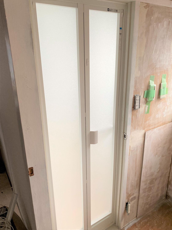 徳島市津田本町 浴室ドア取替工事 折戸への交換