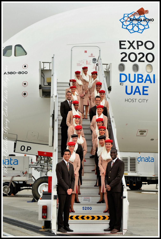Emirates va recruter 3 000 membres d'équipage et 500 agents des services aéroportuaires dans les six prochains mois .
