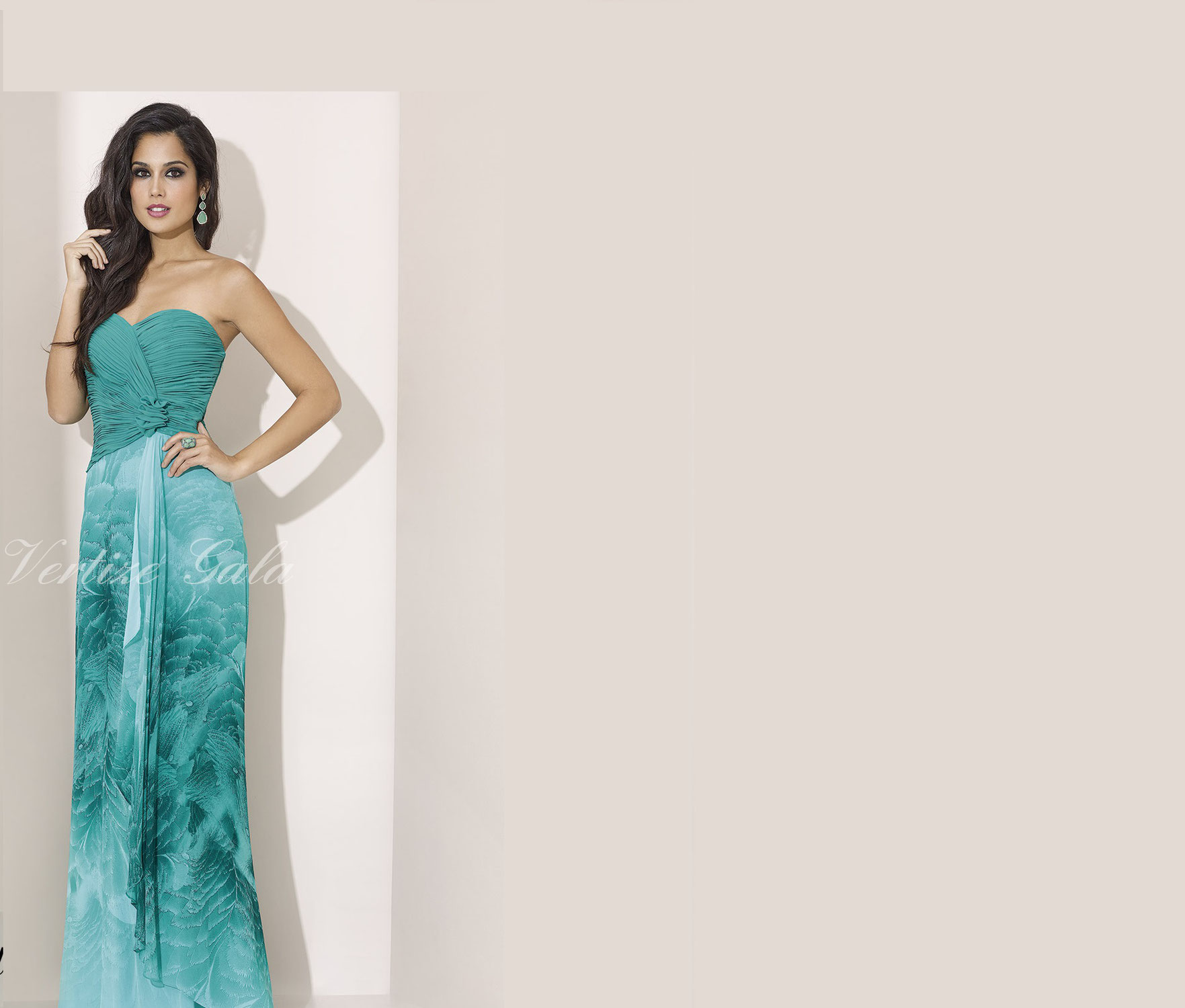 Amaral Modas Exclusivos Chaqués Vestidos Jerez De En Alquiler wPxHT8qn