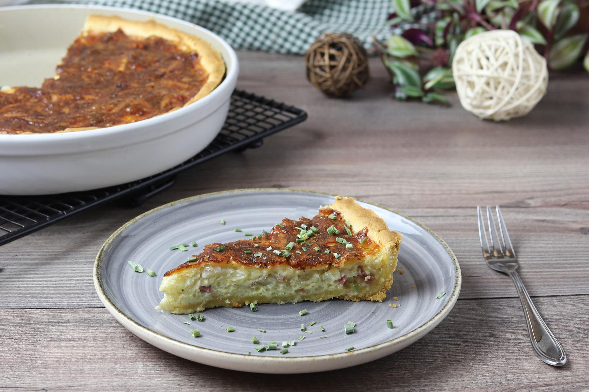 Zwiebel-Speck-Kuchen aus der runden Ofenhexe von Pampered Chef®